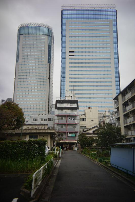 Sony α7Ⅱ+Utulens豊洲都営住宅団地とセンタービル