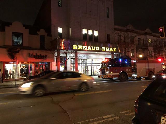 Renaud Bray by night