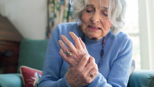 Gejala dan Faktor Penyebab Penyakit Parkinson