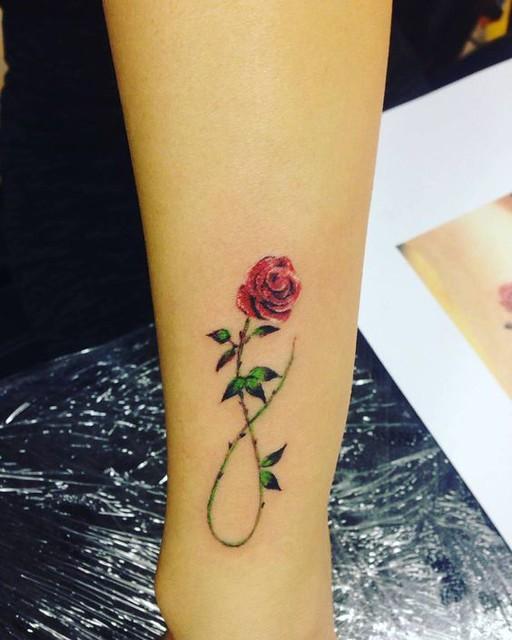 Tatuajes De Rosas Para Darte Fuerza Y Energía Mini Tatuajes