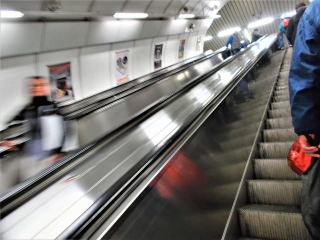 subway 3, Nikon COOLPIX L31