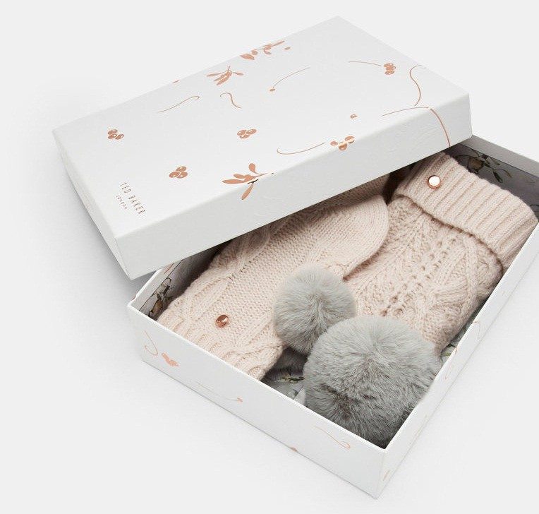 uk%2FWomens%2FAccessories%2FHats%2FRAISA-Knitted-wool-pom-pom-hat-and-socks-set-Pink%2FDC8W_RAISA_NUDE-PINK_1.jpg