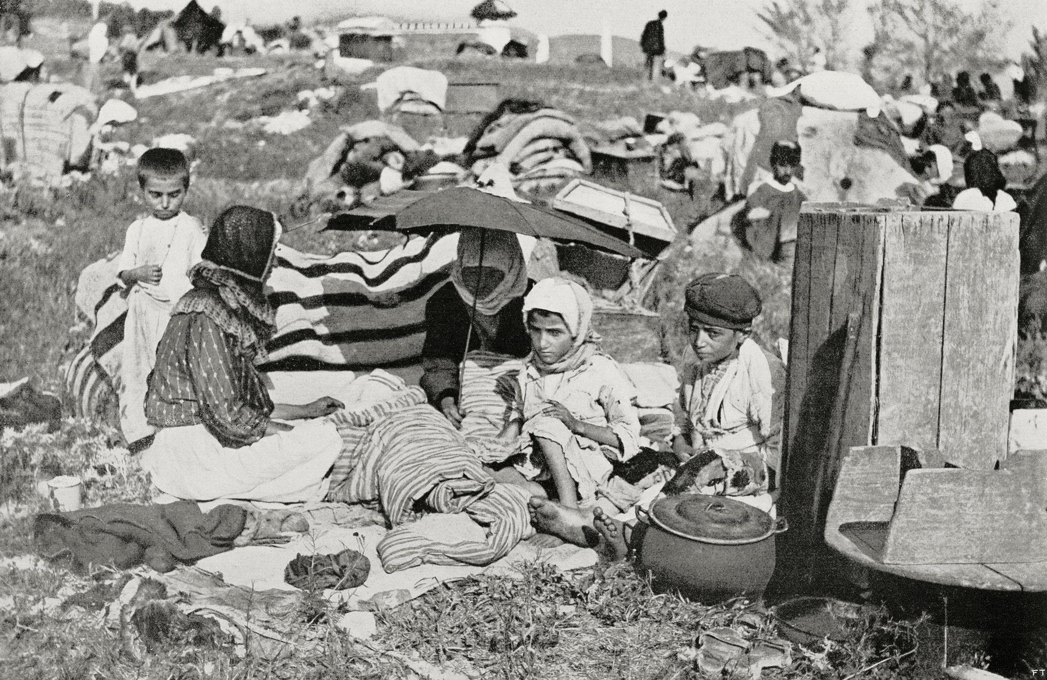 Лагерь беженцев, бегущих из Поволжья на Кавказ