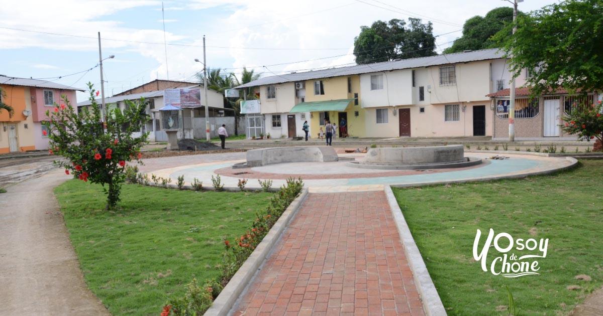 Tres nuevos espacios públicos se suman al ornato de Chone