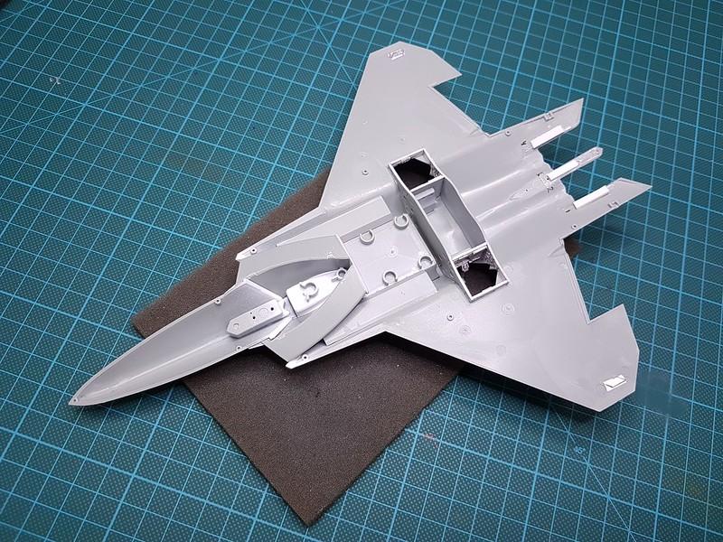 Academy 1/72 F-22A Air Dominance Fighter - Sida 3 44064535760_2d6dd6ddfe_c