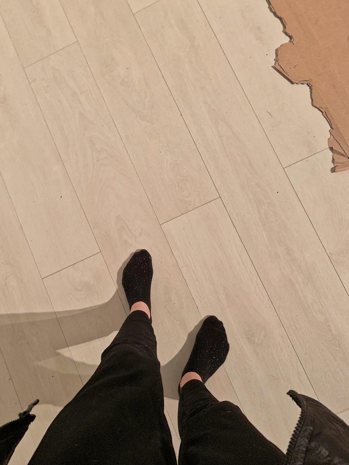ostettiin asunto lattia remontt