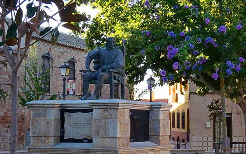 Monumento a Quevedo