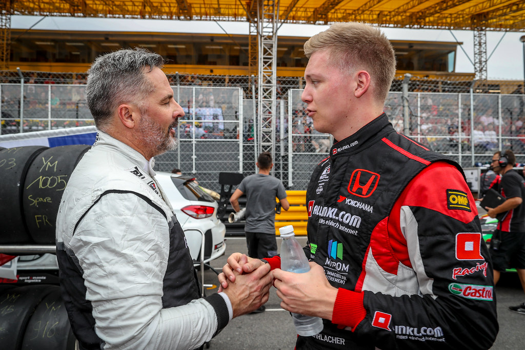 MULLER Yvan, (fra), Hyundai i30 N TCR team Yvan Muller Racing, portrait, EHRLACHER Yann, (fra), Honda Civic TCR team ALL-INKL.COM Munnich Motorsport, portrait during the 2018 FIA WTCR World Touring Car cup of Macau, Circuito da Guia, from november  15 to 18 - Photo Alexandre Guillaumot / DPPI