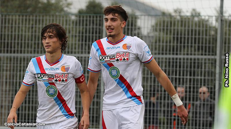 Gli attaccanti Distefano (a sx) e Pecorino, dodici gol in due in questo scorcio di stagione
