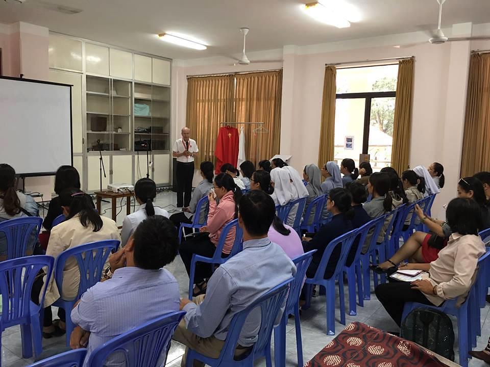 Caritas TGP Sài Gòn họp LỄ hội Giáng Sinh