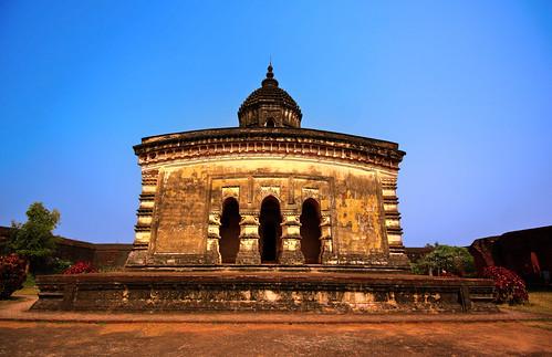 lalji temple bishnupur ruins laterite westbengal monument debmalyamukherjee canon550d 1018mm