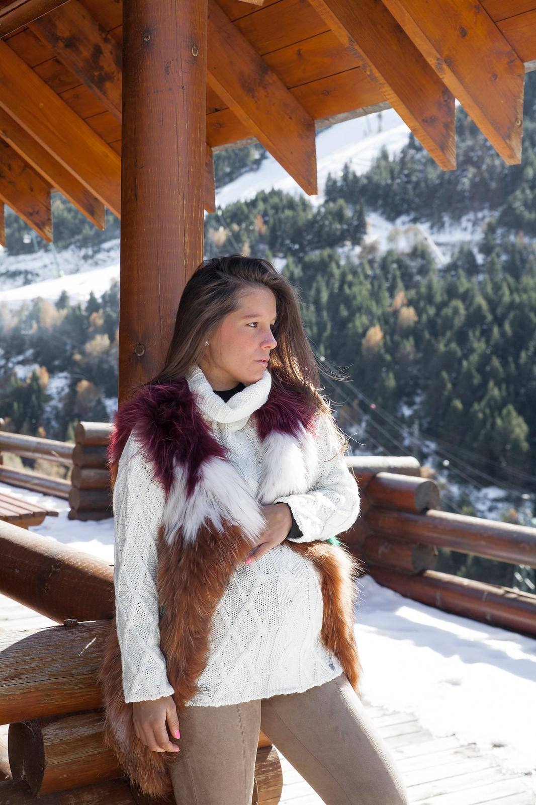 01_5_claves_para_un_look_apres_ski_tendencia_invierno_outfit_embarazada_comodo_nieve_theguestgirl_laura_santolaria_ruga_hpreppy