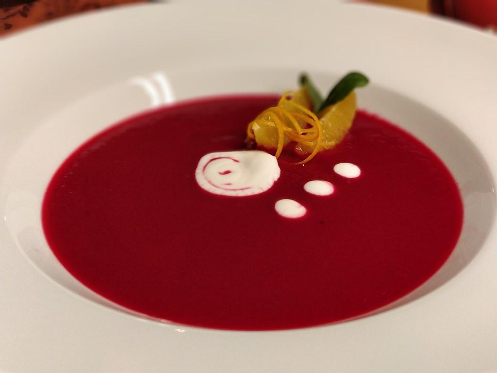 Rote Rüben-Orangen-Suppe