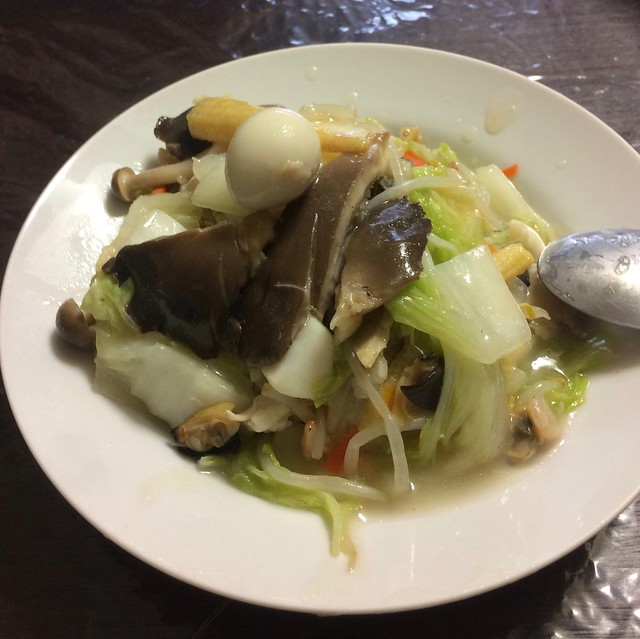 Chinese rice with huge oyster mushroom