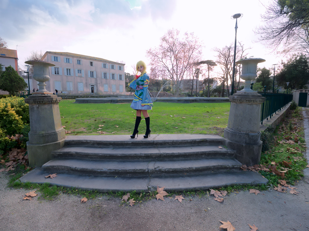 related image - Shooting Love Live - Eli Ayase - Pika Cosplay - Plan d'Eau de La Garde -2018-12-09- P1444321
