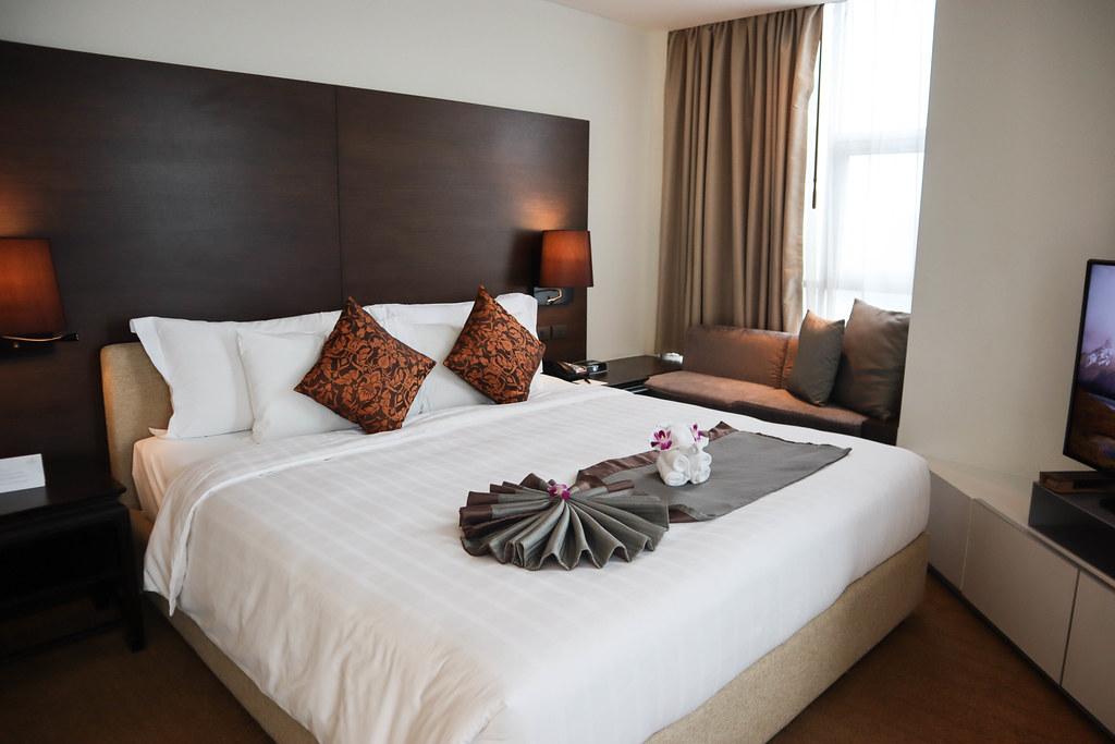 Anantara Sathorn Bangkok Hotel (51)