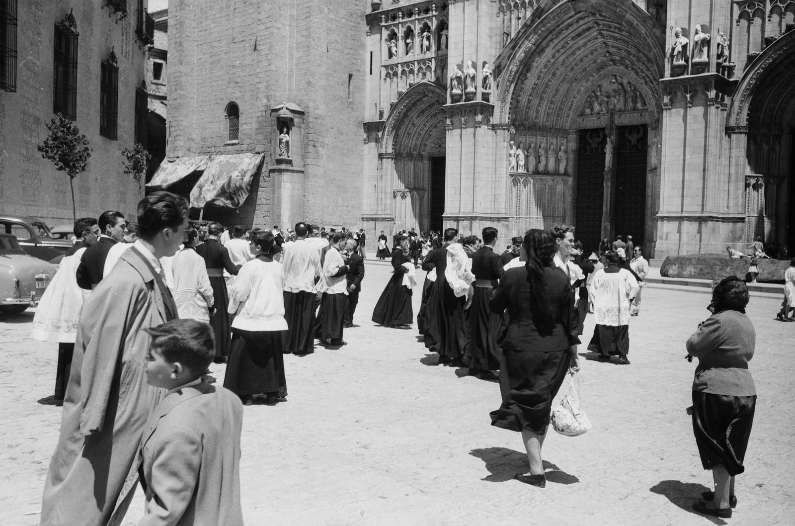 Plaza del Ayuntamiento durante las fiestas del Corpus Christi de Toledo en 1955 © ETH-Bibliothek Zurich