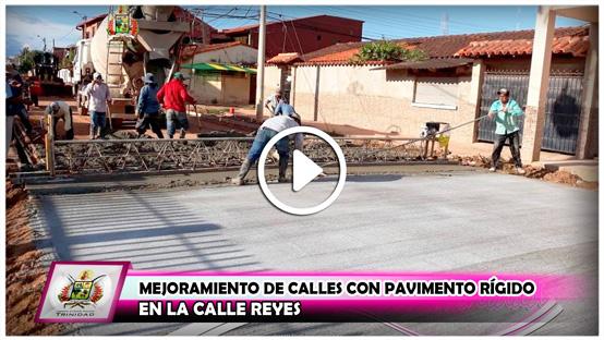 mejoramiento-de-calles-con-pavimento-rigido-en-la-calle-reyes