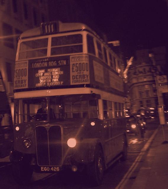London transport STL2377 Bank 04/03/17., Fujifilm FinePix AV130