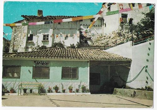 San Martín de Boniches (Cuenca): Plaza del Caudillo