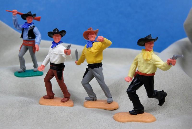 Toy soldiers, cowboys, indians, space men etc - Page 3 45958823211_3cbd1e894b_c