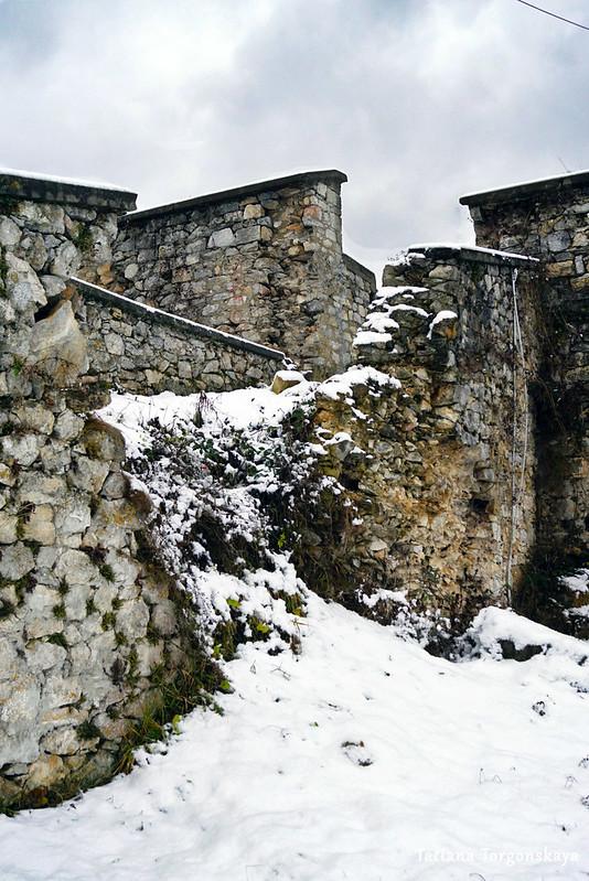 Стены Верхней крепости Зворника