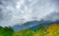 Picos de Europa, vistos desde la entrada a Potes (Cantabria-España)