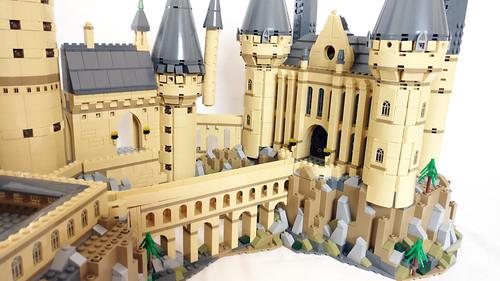 LEGO Wizarding World Harry Potter Hogwarts Castle (71043)