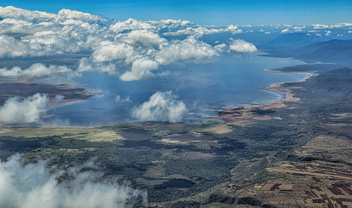 lakemanyara lake see clouds woken landscape landschaft aerialview luftaufnahme 2018 anymotion tanzania tansania africa afrika travel reisen nature natur 6d canoneos6d landschaftsaufnahmen