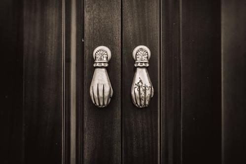 Door in Chiclana - knock, knock