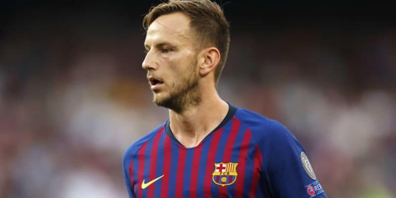 Barcelona mengkonfirmasi cedera hamstring Rakitic