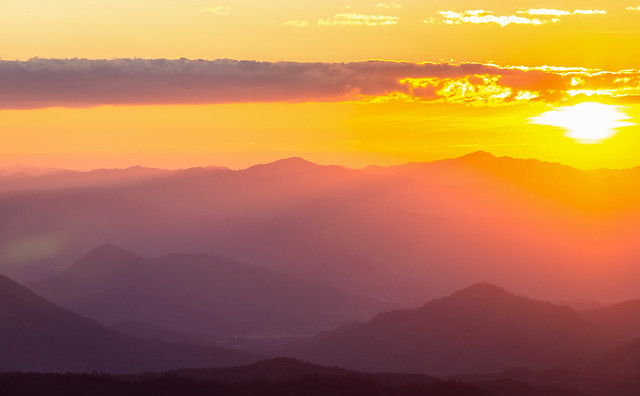 Hazy mountain range with, Canon EOS 6D, Canon EF 70-300mm f/4-5.6L IS USM