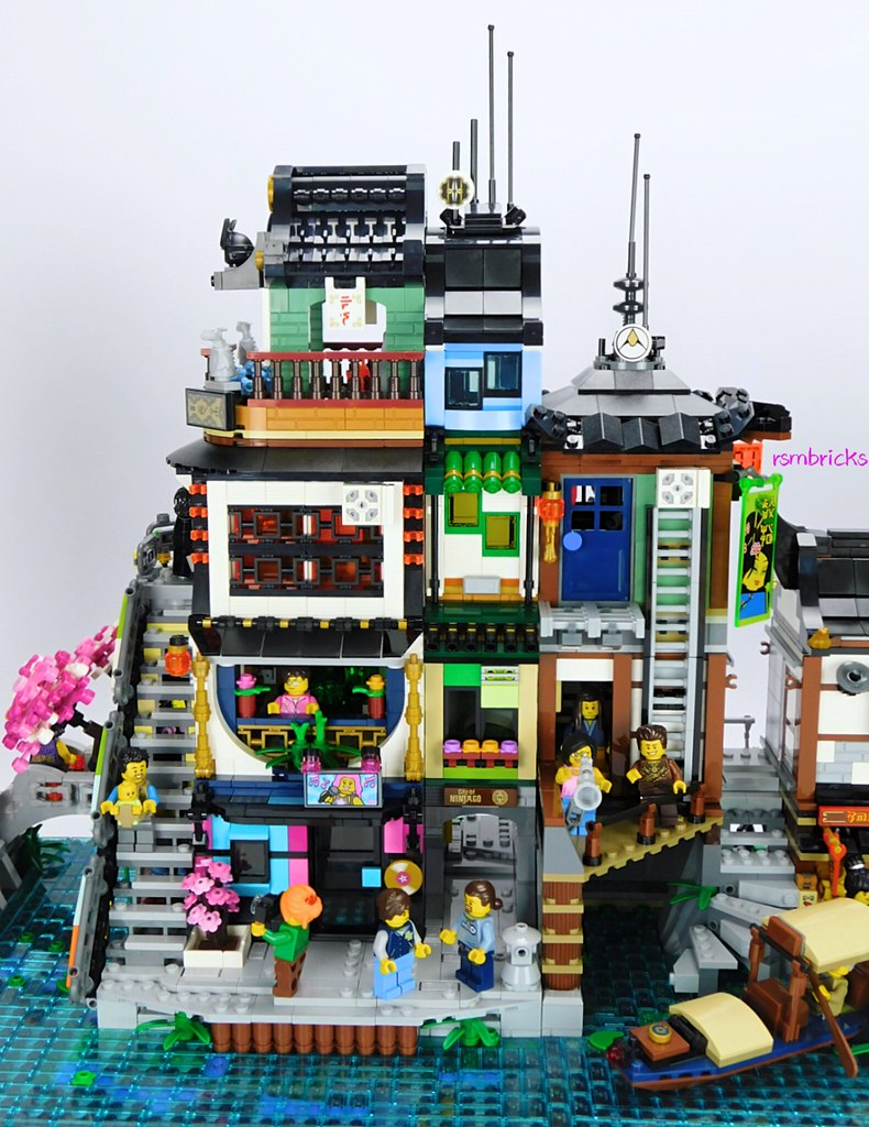 Ninjago City : The Suburbs    (An extension to Lego set 70657 Ninjago City Docks)