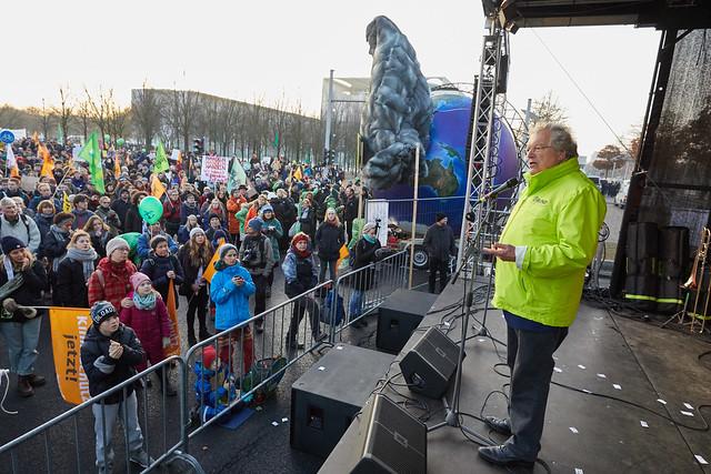 "Demo in Berlin:""Kohle Stoppen! Klimaschutz Jetzt!""."