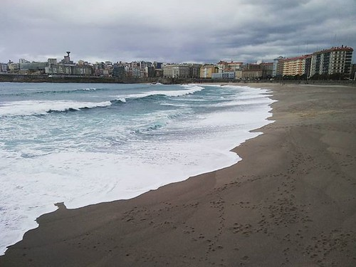 Últimas horas del otoño. #outuno #autumn #mar #sea #atlántico #atlantic #Coruña #Galicia #waves #praia #beach #orzán