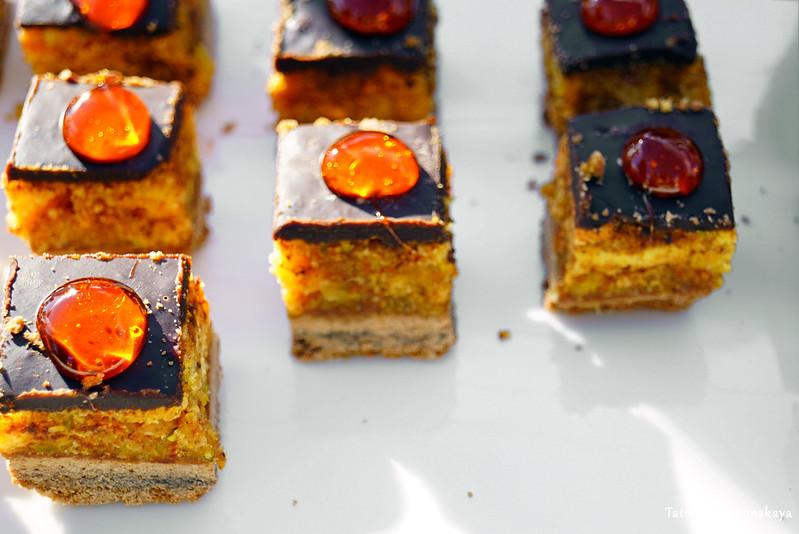 Апельсиновые мини-пироженки