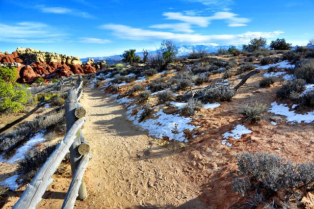 The road and the, Nikon D3S, AF-S Nikkor 28-300mm f/3.5-5.6G ED VR