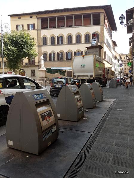 Florence trash receptables