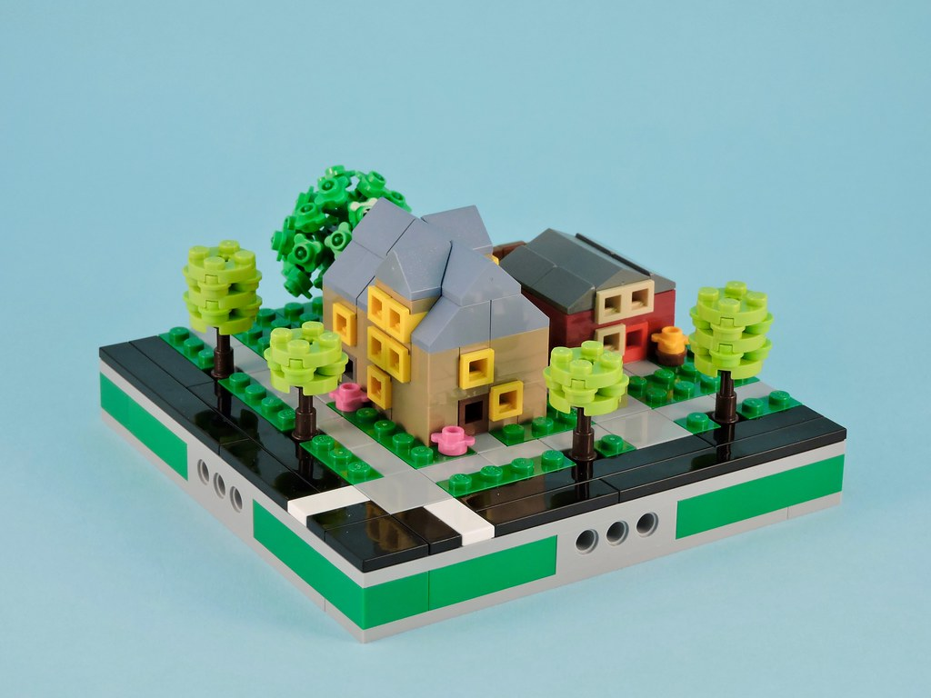 Mismatched Houses (front)
