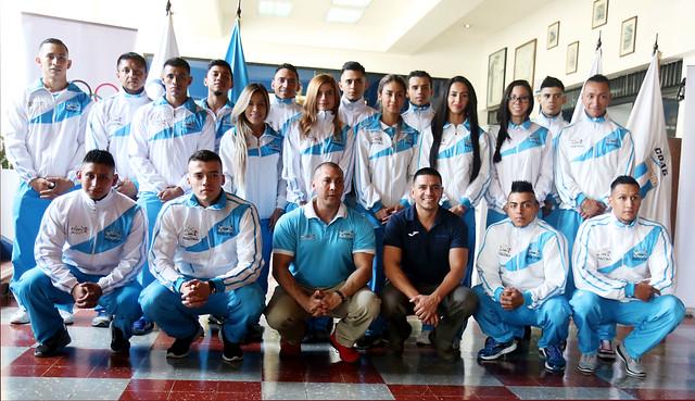 Atletas de fisicoculturismo juramentados para el Panamericano 2018