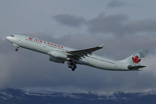 C-GHLM A330-343X Air canada, Sony DSC-RX10M3, Sony 24-600mm F2.4-4.0