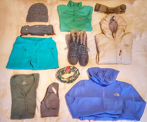 Winter-Layering-Winter-Hikes
