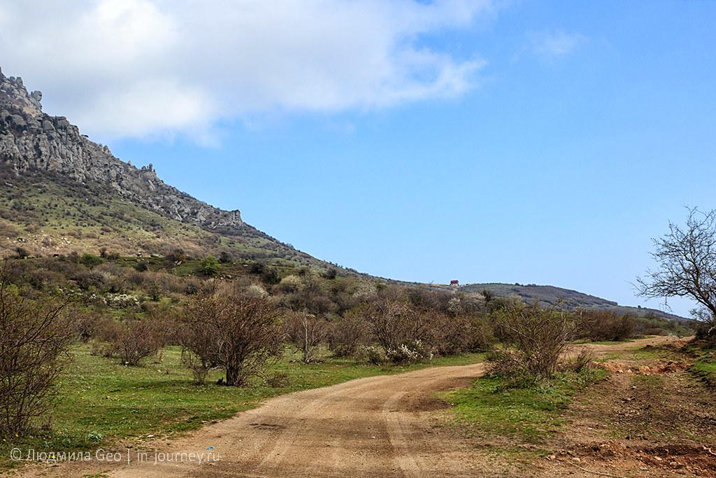 дорога к крепости Фуна