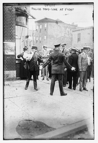 Police dead-line at fight (LOC)
