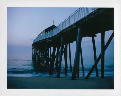 instantfilm pier beach ocean polaroidland250 film packfilm belmar newjersey unitedstates us lovepolaroid thebluehour