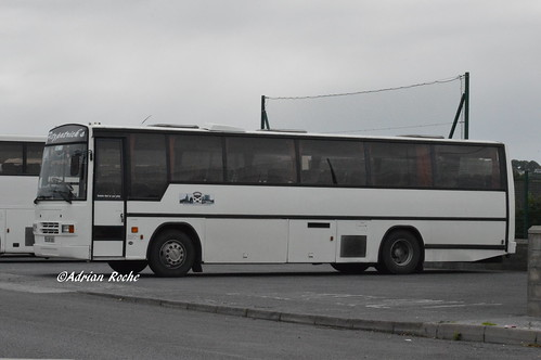 Fitzpatrick's Of Listowel Dennis Javelin Plaxton Paramount 3200 (92-KY-3901).