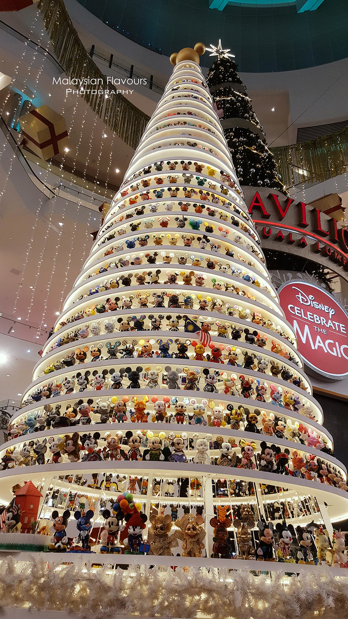 Mickey Mouse Christmas Tree Decorating Ideas.Pavilion Kl Christmas 2018 Magical Christmas With Disney