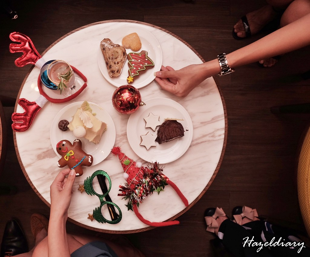 Swissotel Merchant Court Hotel-Christmas 2018-Hazeldiary-1
