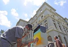 Lixeiras do entorno da Praça da Liberdade são revitalizadas por artistas e PBH