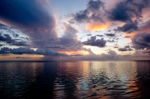 pentaxk3ii stormclouds dusk colors sky westcoast blackriver tamarin april clouds sunset sonnenuntergang holiday meer ocean flicenflac beach mauritius